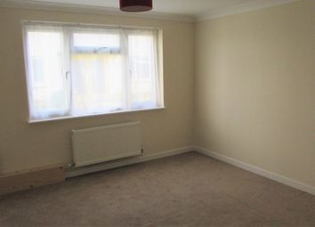 Thumbnail 2 bedroom flat to rent in Manor Road, East Cliff, Bournemouth