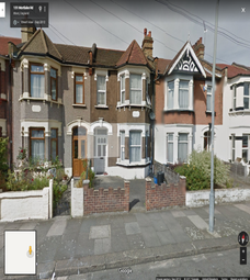 Thumbnail 3 bed duplex to rent in Mortlake Road, Ilford