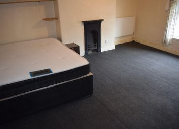 Thumbnail 4 bedroom property to rent in Davenport Avenue, Withington, Manchester