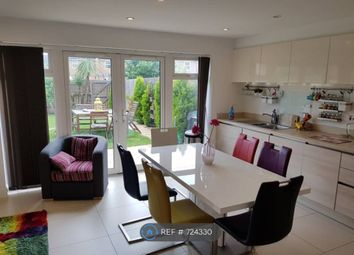 Room to rent in Autumn Way, West Drayton UB7