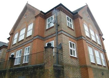 Thumbnail 2 bed flat to rent in Draymans Way, Alton