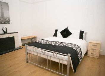 Thumbnail Room to rent in Carlingford Gardens, Mitcham