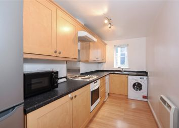 Thumbnail 2 bedroom flat to rent in Avenue Heights, Basingstoke Road, Reading, Berkshire