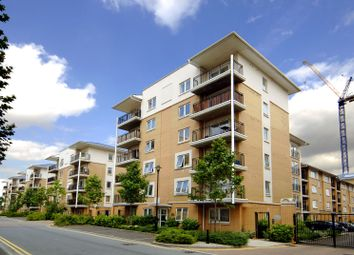 Thumbnail 3 bed flat for sale in Sail Court, Virginia Quay, London