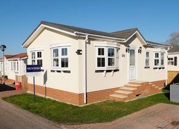Thumbnail 2 bed mobile/park home for sale in Greenacres Park, Spilsby Road, Horncastle
