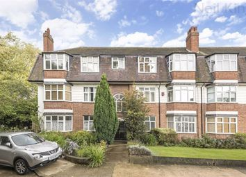 2 bed flat for sale in Avondale Court, South Woodford, London E18