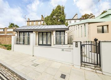 Thumbnail 3 bed property for sale in Goldsmith Place, Springfield Lane, London