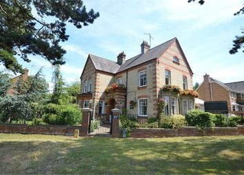 Thumbnail 5 bedroom detached house for sale in Irthlingborough Road, Finedon, Northamptonshire