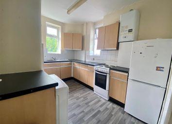 2 bed maisonette to rent in Myddelton Avenue, Enfield EN1