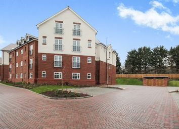 Thumbnail 2 bedroom flat for sale in Lower Luton Road, Harpenden, Herts