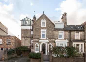 Thumbnail 3 bed flat for sale in Hampstead Lane, London