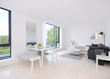 Thumbnail 1 bed flat to rent in Latitude House, London