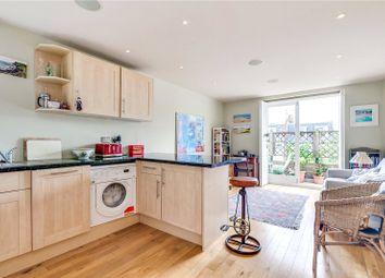 Thumbnail 1 bed flat to rent in Albert Bridge Road, London