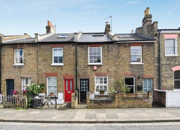 3 bed property for sale in Longfield Street, Southfields, London SW18