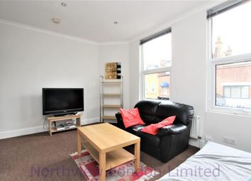 Thumbnail 1 bed flat to rent in Grenville Road, Upper Holloway