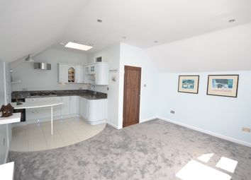 Thumbnail 1 bedroom flat to rent in Station Road, New Barnet