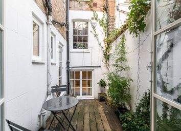 3 bed maisonette to rent in Sydney Street, Chelsea, London SW3