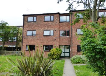 Thumbnail 2 bedroom flat to rent in High Road, Broxbourne