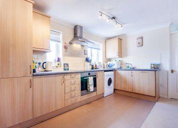 Thumbnail 1 bed flat to rent in Sadler Walk, Oxford