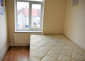 3 bed maisonette to rent in Southall Court, Lady Margaret Road, Southall UB1