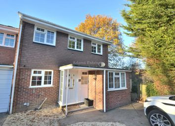 Thumbnail Room to rent in Bathurst Road, Winnersh, Wokingham