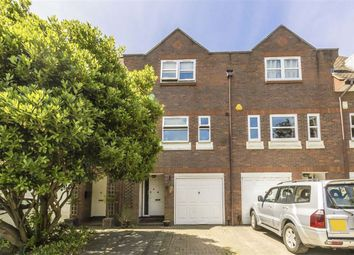 4 bed property to rent in Twickenham Road, Teddington TW11