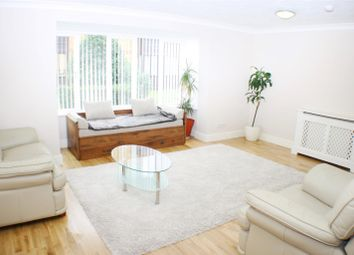 Thumbnail 2 bed flat to rent in Linwood Close, Camberwell, London