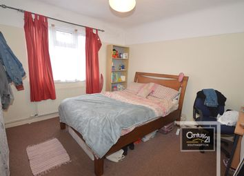 Thumbnail 6 bed flat to rent in Flat 6, Milton Road, Polygon, Southampton