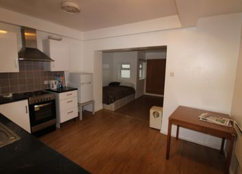 Thumbnail 1 bed flat to rent in Chalton Street, Euston