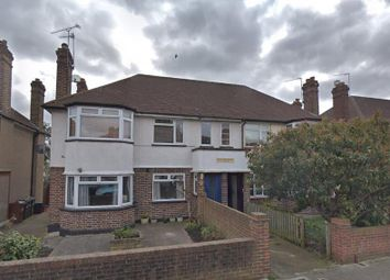 Thumbnail 2 bed maisonette for sale in Isleworth, London