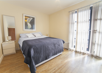 Room to rent in Commercial Road, Limehouse E14