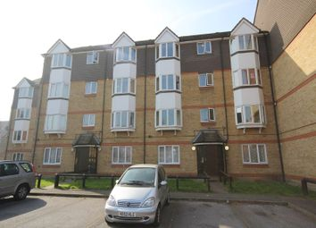 2 bed property to rent in Acanthus Drive, London SE1