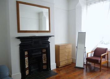 Thumbnail 1 bed flat to rent in St Johns Road, Seven Sisters, London