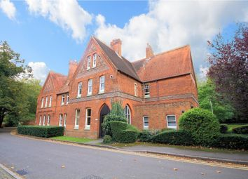 Thumbnail 2 bedroom flat for sale in Haywood Court, Reading