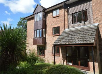 Thumbnail 1 bed flat to rent in Puttocks Close, Haslemere