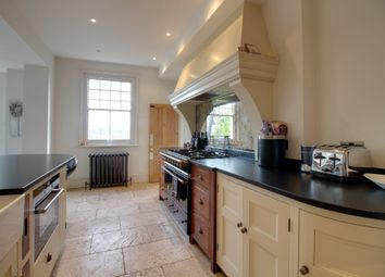 Thumbnail 4 bedroom detached house to rent in Port Hill, Hertford