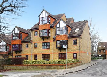 Thumbnail 1 bed flat for sale in Pursewardens Close, London