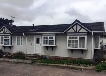Thumbnail 3 bedroom mobile/park home for sale in Scatterdells Lane, Chipperfield, Kings Langley