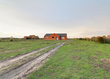 3 bed detached bungalow for sale in Butterwick Road, Messingham, Scunthorpe DN17