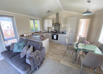 Thumbnail 2 bed mobile/park home for sale in Carnoustie Court, Kirkgate, Tydd St Giles, Wisbech, Cambridgeshire