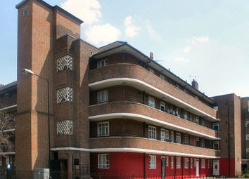 Thumbnail 5 bed flat for sale in Ernest Street, London