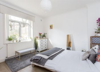 Thumbnail 3 bed flat to rent in Petherton Road, Highbury