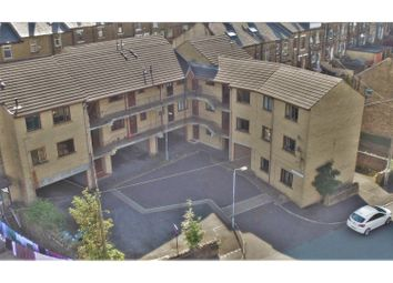 Thumbnail 2 bed flat to rent in Windermere Road, Bradford