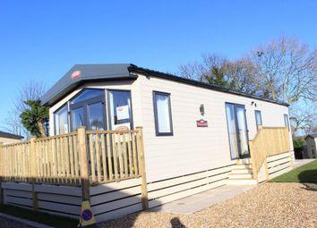 2 bed mobile/park home for sale in Poolbrow Caravan Park, Poolfoot Lane, Poulton-Le-Fylde, Lancashire FY6
