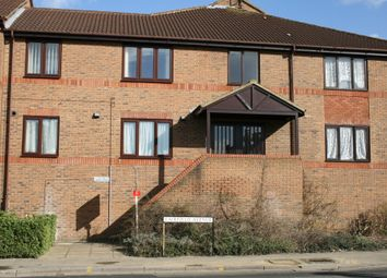 Thumbnail 1 bed flat to rent in Linden Place Fairfield Avenue, Staines Middlesex