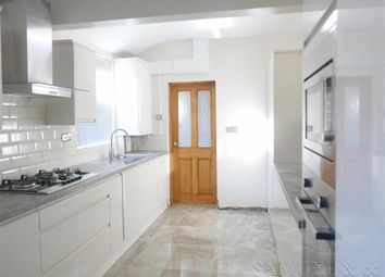 3 bed terraced house to rent in Grange Road, West Bromwich B70