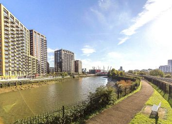 2 bed flat for sale in London City Island, London E14