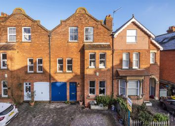 Manor Grove, Tonbridge TN10. 6 bed property for sale