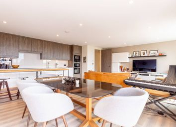 Paddenswick Road, London, Ravenscourt Park, London W6. 3 bed flat
