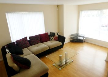 4 bed town house to rent in Aspull Walk, Manchester M13